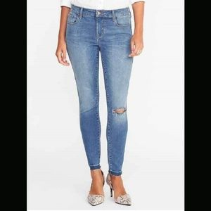 Old Navy Rockstar built in sculpt denim jeans